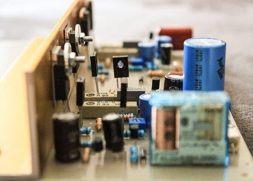 電子產業,傳統產業,EMS,NB,智慧型手機,伺服器,穿戴裝置,機殼,TWS,聲學元件,電源供應器,散熱,面板,光學元件,PCB,連接元件,光通訊,被動元件,高爾夫球,自行車,家具