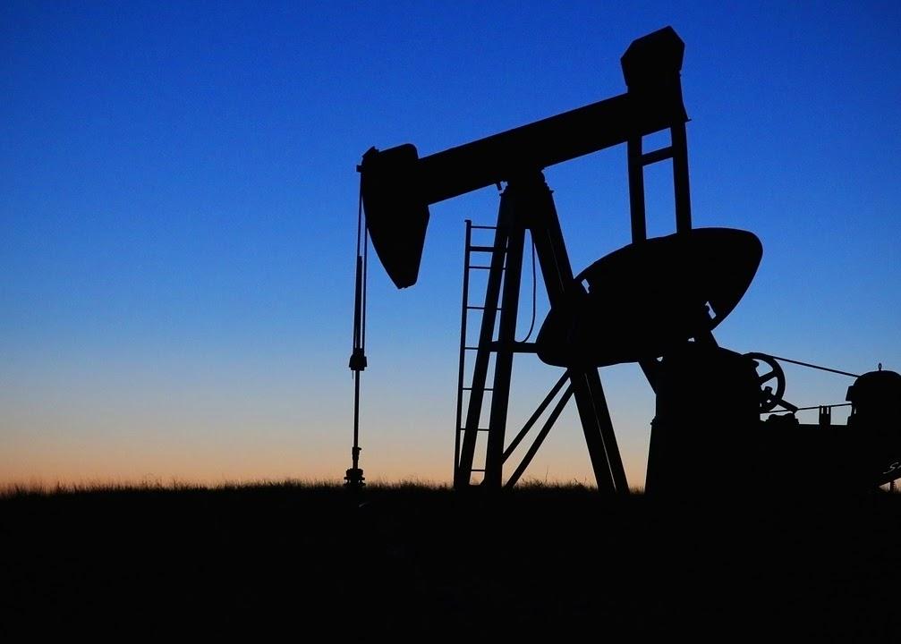 傳統產業, 油品, 石油, 塑化, 紡塑, 航運, 倉儲, 防水材料, 製藥, 太陽能, 新能源車, 油價, 油價崩跌, 布蘭特原油, 期貨, 油價