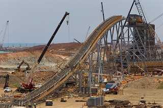 川普基建计画激励铁矿砂报价?高盛、瑞银:太夸张