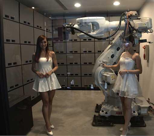 使用ABB機器手臂,鵲絲無人旅館逢甲商圈正夯